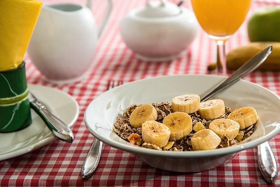 Urheilijan aamupala